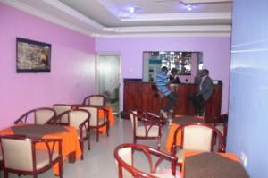 Wayside Hotel Arusha bar2